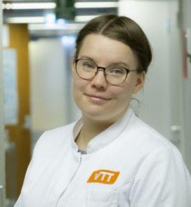 Tohtoriopiskelija Anna Ylinen.
